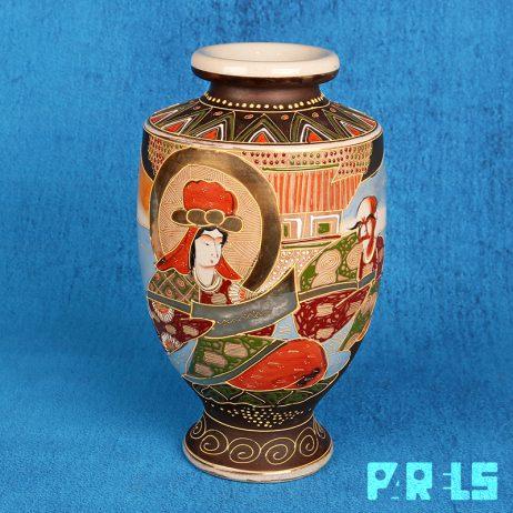 Satsuma vaas Japan aardewerk