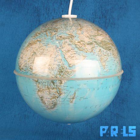 upcycling globe wereldbol hanglamp licht aardbol
