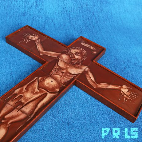 vintage ingelegd crucifix kruisbeeld opalineglas gebrandschilderd Kees Stiphout Jezus