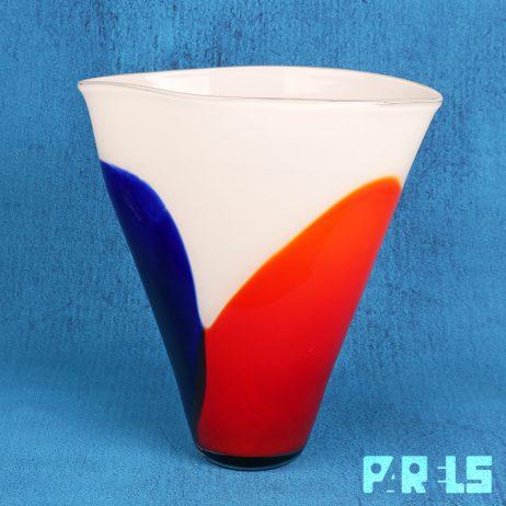 grote glazen mondgeblazen vaas glas glasblazerij Glashelder Tiel België organisch