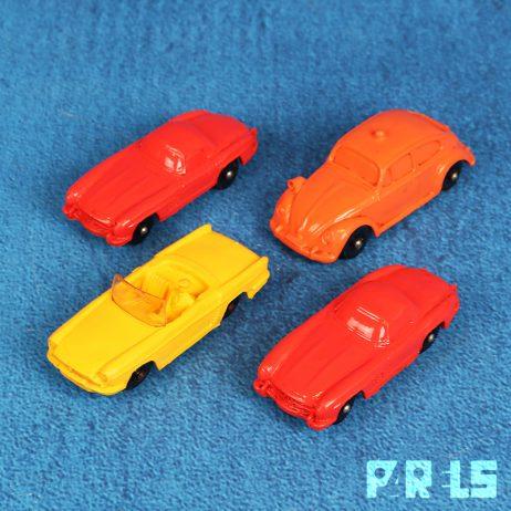 set vintage speelgoedauto's vinyl Tomte Laerdal Stavanger Noorwegen rubber auto