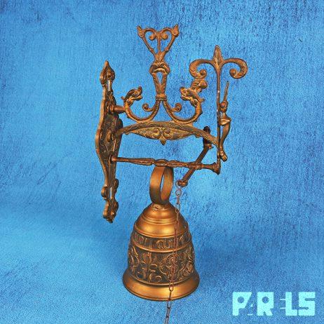 vintage koperen wandbel kloosterbel monastery klok koper engel klepel latijn Qui Me Tangit vocem meam Audi